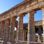 Doric temple at Segesta (link to photographs)
