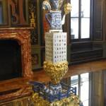 Modern interpretation of Delft pottery